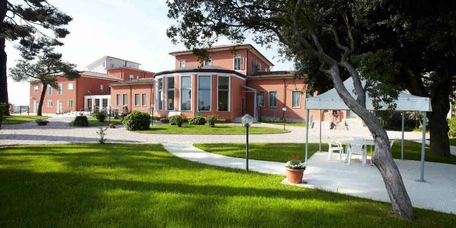 Residenza per Anziani - Home page 02bis